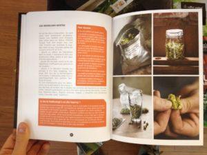 Page sur le houblon Extrait du livre secrets de brasseurs livre de brassage pour débutant.JPG